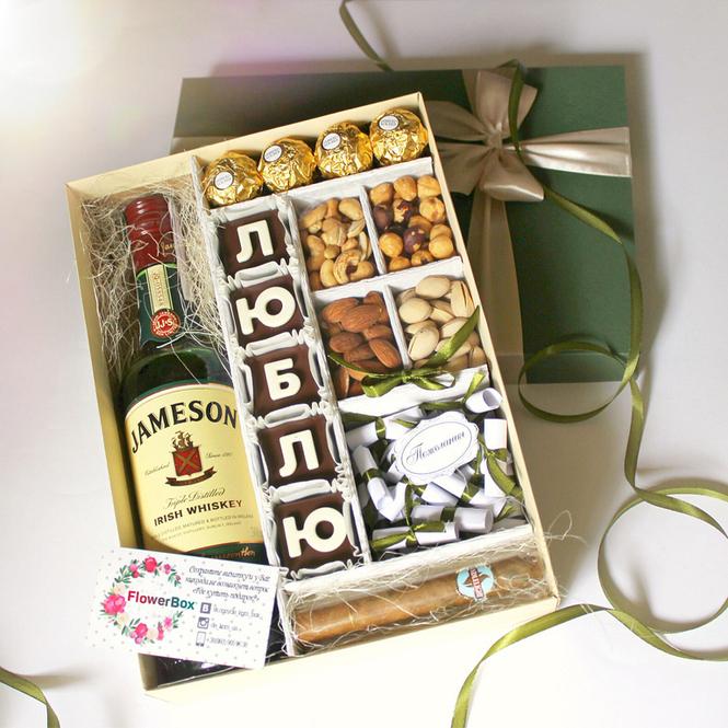 Подарок мужчине наслаждение заказать букет из конфет в виннице